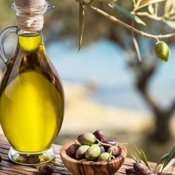 Olive Oil – the Liquid Gold and its Advantages